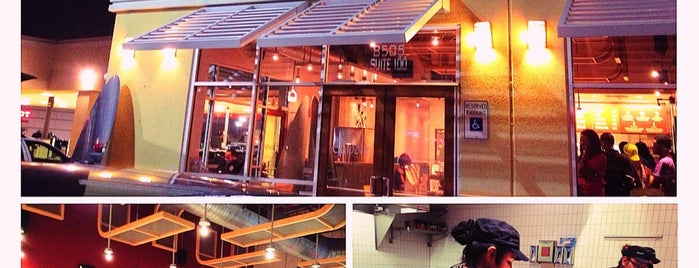 Chipotle Mexican Grill is one of Samah 님이 좋아한 장소.