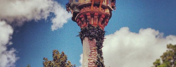 Rapunzel's Tower is one of Posti che sono piaciuti a Lindsaye.