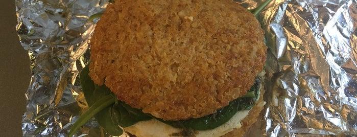 grabbagreen is one of Lugares favoritos de Michael.