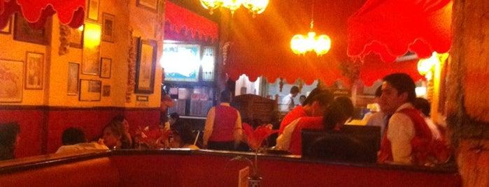 Vittorio's is one of Pizzerías Para Festejar 11/11.