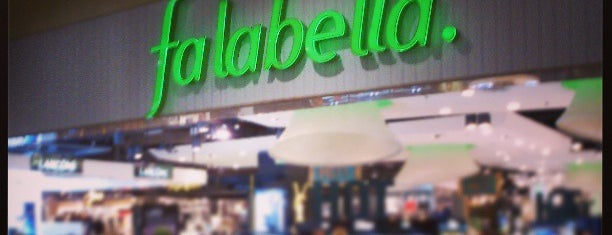 Falabella is one of Lugares favoritos de Alejandro.