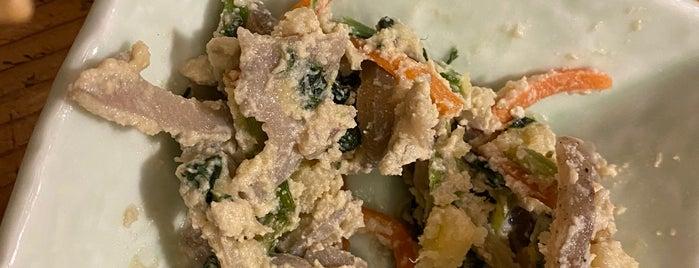 おばんざいとおでんと豆腐の六角や is one of สถานที่ที่บันทึกไว้ของ valensia.
