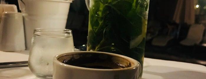 Zeytin Restaurant is one of Lugares favoritos de Neşe.