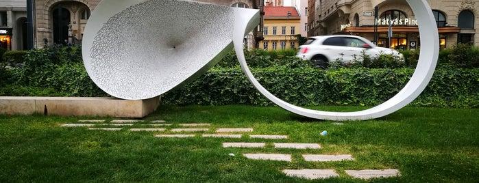 Holokauszt emlékmű is one of BP.