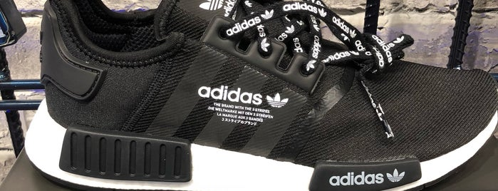Adidas Originals is one of Lieux qui ont plu à Shank.