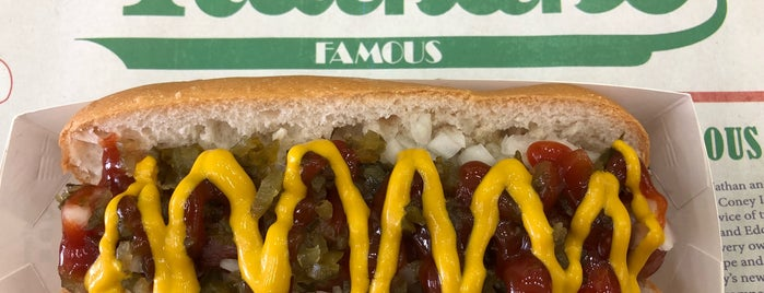 Nathan's Famous is one of Lugares favoritos de Shank.