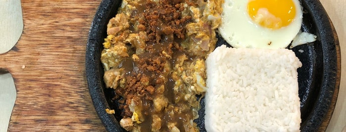 King Sisig is one of Locais curtidos por Shank.
