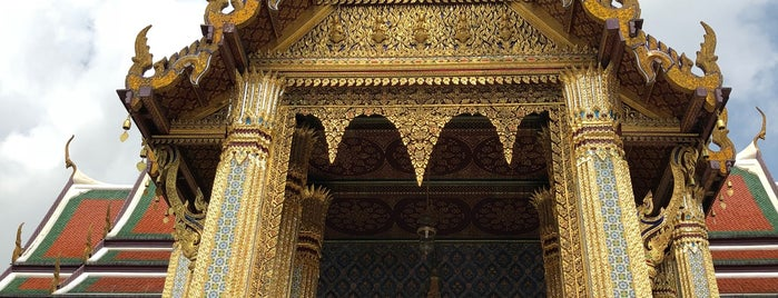 Temple of the Emerald Buddha is one of Tempat yang Disukai Shank.