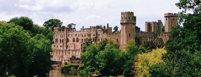 Warwick Castle is one of Posti che sono piaciuti a Kevin.