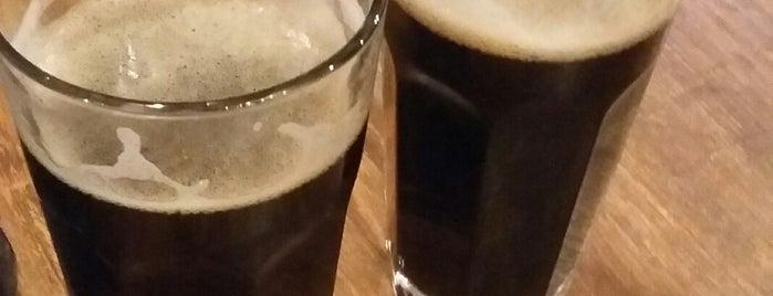 Beermarket is one of Locais curtidos por Svetlana.
