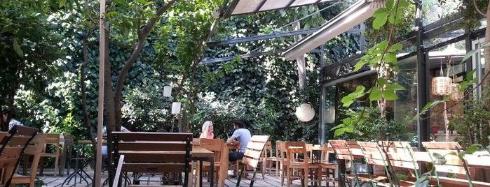 Limonlu Bahçe is one of Favori Yerler.