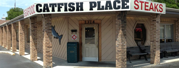 The Catfish Place is one of Cyndiさんのお気に入りスポット.