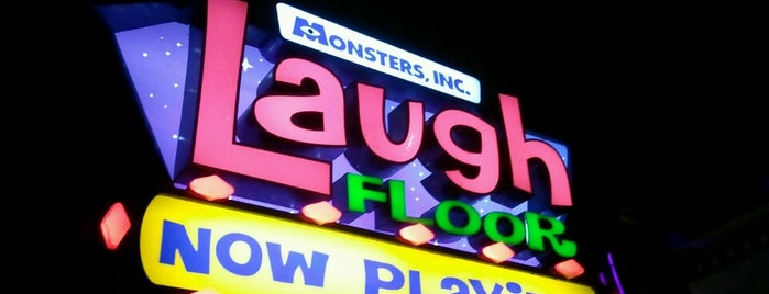 Monsters, Inc. Laugh Floor is one of Drew'in Beğendiği Mekanlar.