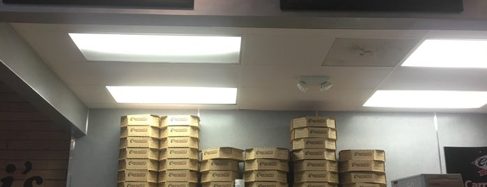 Capriotti's Sandwich Shop is one of Lisa'nın Beğendiği Mekanlar.