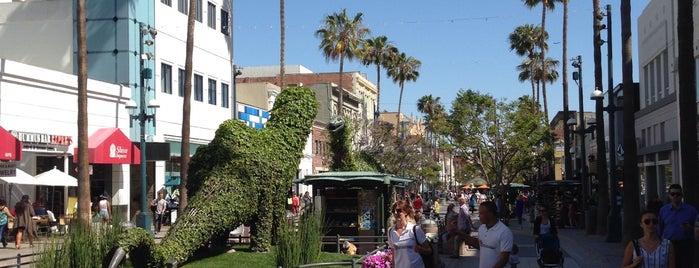 Third Street Promenade is one of LA Road Trip.