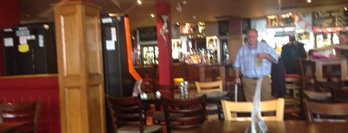 The Botwell Inn (Wetherspoon) is one of Pubs - JD Wetherspoon 2.