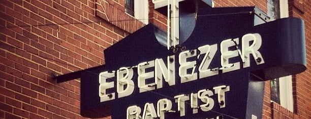 Ebenezer Baptist Church is one of Orte, die Bryan gefallen.