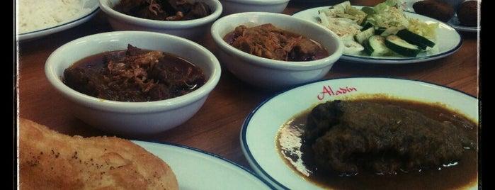 Aladin Sweets & Market is one of Ayan'ın Beğendiği Mekanlar.