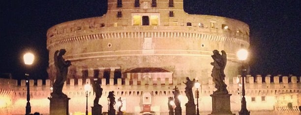 Castel Sant'Angelo is one of Posti salvati di Justin.