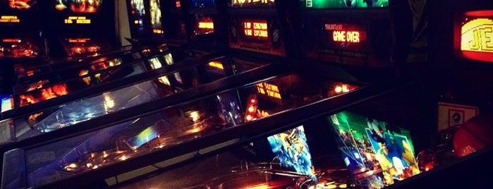 Pinballz Arcade is one of Lieux qui ont plu à Rachel.