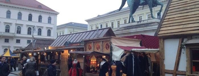 """Münchner Adventsspektakel & mittelalterlicher Weihnachtsmarkt is one of Nancy""""Nan""""Apt."""