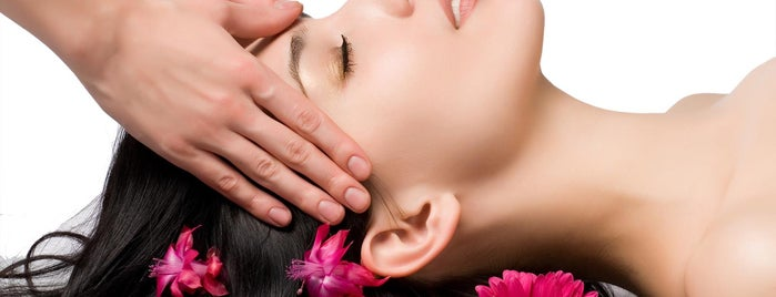 Body Bliss Therapy is one of Orte, die Johnika gefallen.