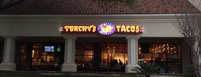 Torchy's Tacos is one of Kim 님이 저장한 장소.