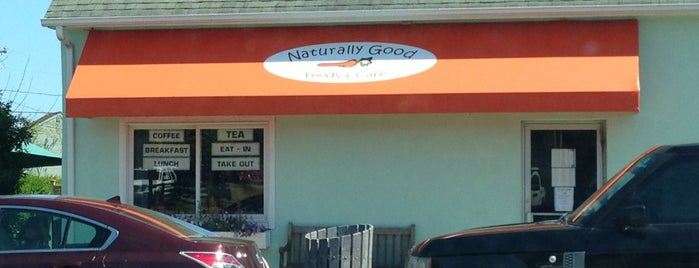 Naturally Good Foods & Cafe is one of Montauk.