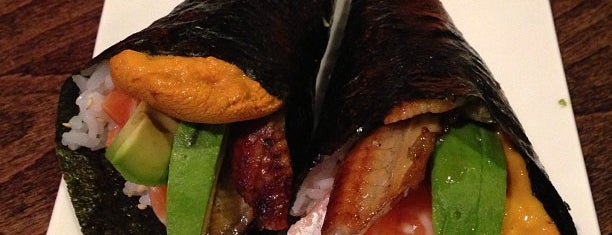Yama Sushi is one of Orte, die Ashley gefallen.
