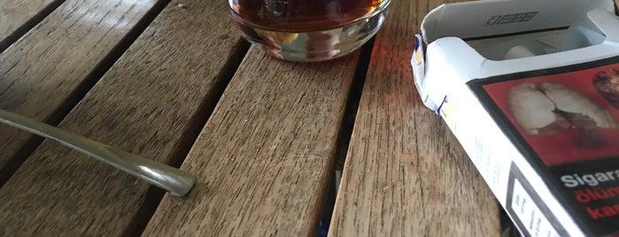 Gönül Sarayı Coffee & Food is one of Deniz'in Beğendiği Mekanlar.