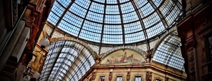 Galleria Vittorio Emanuele II is one of Viagem 2013.