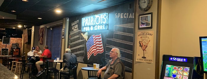 Patriot's Pub And Grill is one of Markets.