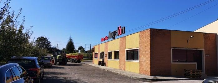 Sidreria Casa Angelon is one of Restaurantes Asturias.