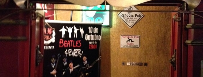 Republic Pub is one of Pubs e butecos (talves alguns bares tbm).