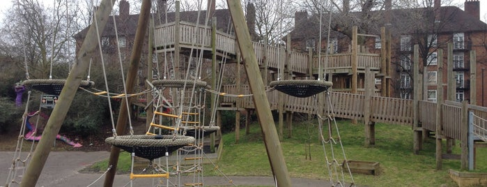 Barnard Park Adventure Playground is one of London.