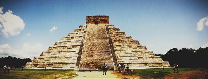 Zona Arqueológica de Chichén Itzá is one of Antes de Morrer.
