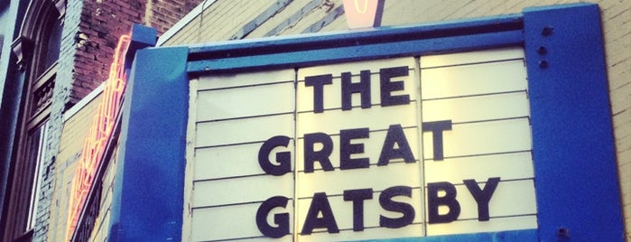 Visulite Cinema - Downtown Staunton is one of Locais curtidos por Ian.