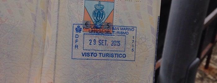 Ufficio Informazioni Turistiche is one of Lugares favoritos de Carl.