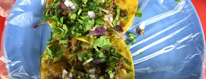 Tacos de birria is one of Lieux qui ont plu à Beno.