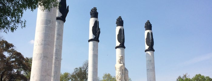 Monumento a los Soldados Americanos Caídos en la Batalla del Castillo de Chapultepec is one of Mexico City.