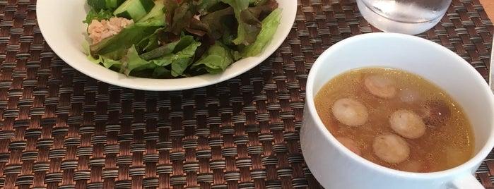 レストラン アイリス is one of Masahiro : понравившиеся места.
