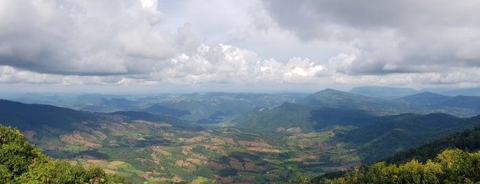 Lon Noi Cliff is one of เลย, หนองบัวลำภู, อุดร, หนองคาย.