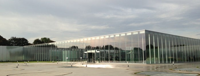 Louvre-Lens is one of Architecture.