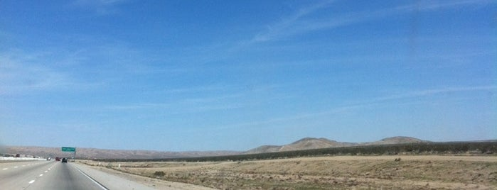 Mojave Desert is one of Road Trip.