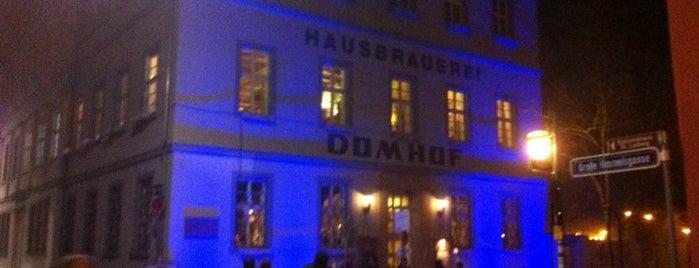 Domhof Hausbrauerei is one of Lieux qui ont plu à Julia.