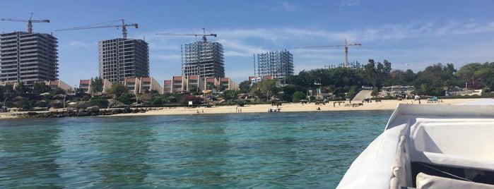 Marjan Beach | ساحل مرجان is one of کیش.