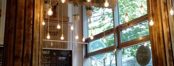 Hanging Out Café is one of Locais curtidos por Itco.