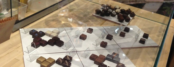 Compañia de Chocolates is one of RESTO & BAR.