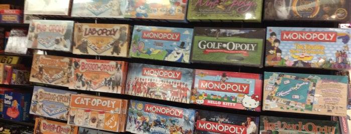 Go! Games & Toys is one of Lieux qui ont plu à Alberto J S.