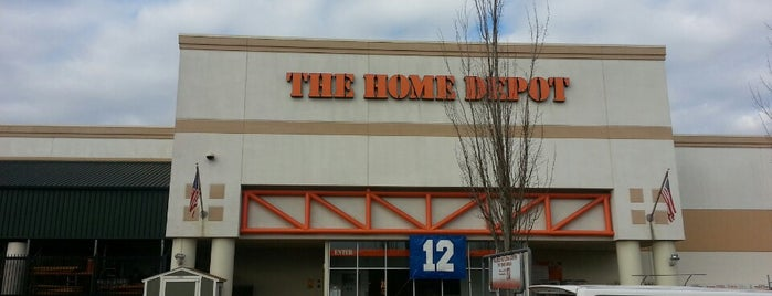 The Home Depot is one of Lugares favoritos de Jeff.